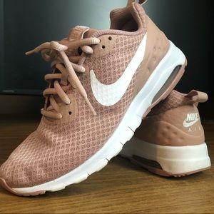 Nike AIR WOMEN 7.5 blush color